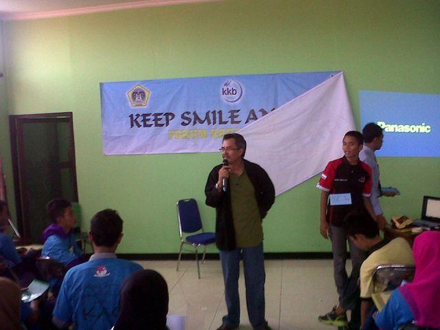 Kepala Badan KBPP memberikan materi dalam acara Komunitas Anak Gresik